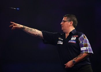 Gary Anderson in a match